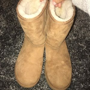 UGG Shoes - Classic Brown Uggs size 10